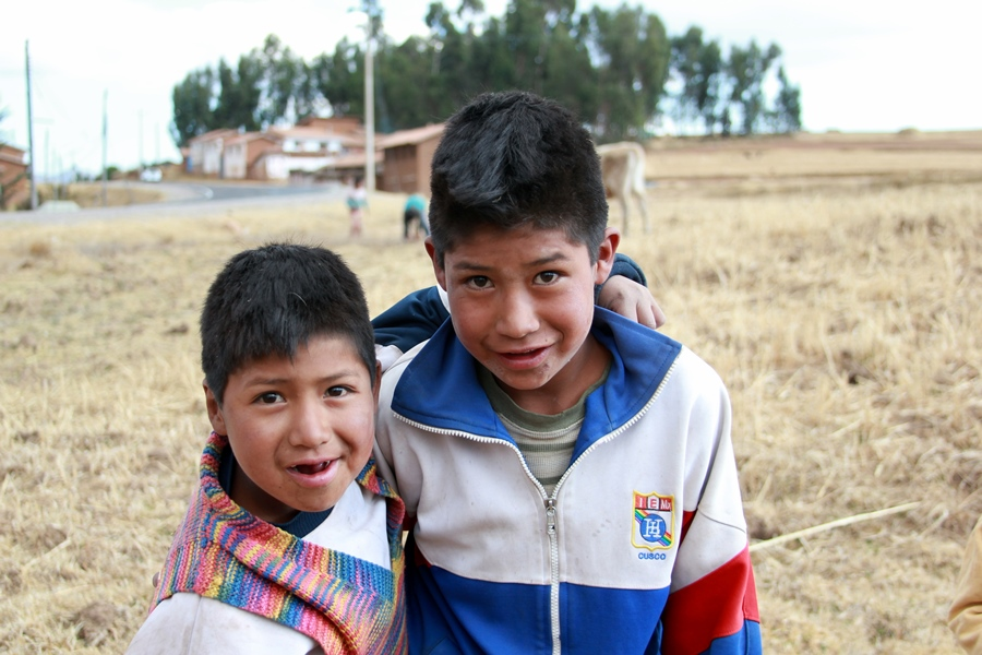 Peruvian children