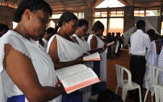 Africa - Bibles for Rwanda