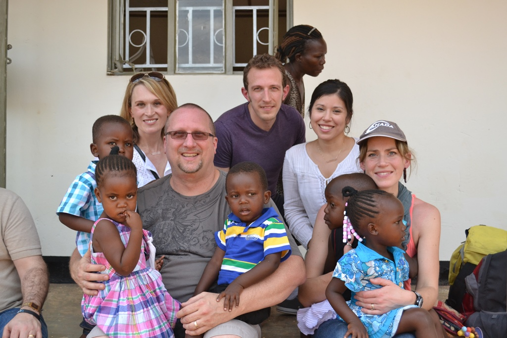 Africa blogging team - World Help