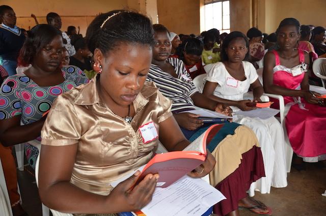Ugandan Church Bible Study World Help 2012