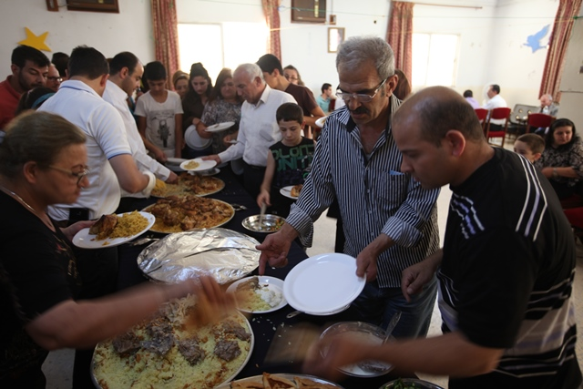 Meals for Syrian refugees