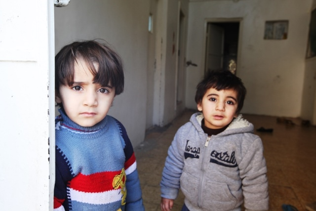 Syrian refugee children_