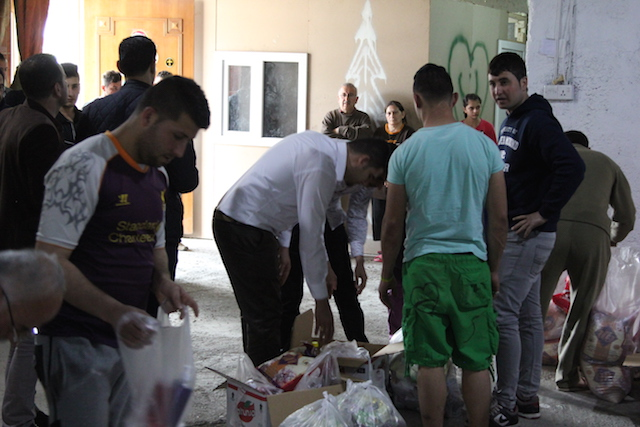 Aid Distribution in Iraq - World Help