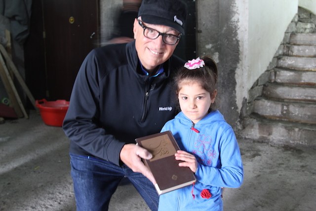 Distributing Bibles in Iraq