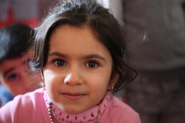 Iraqi refugee girl - World Help