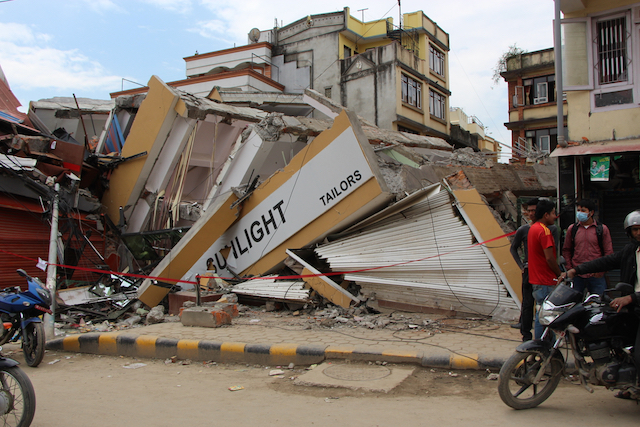 Nepal earthquake aftermath - World Help