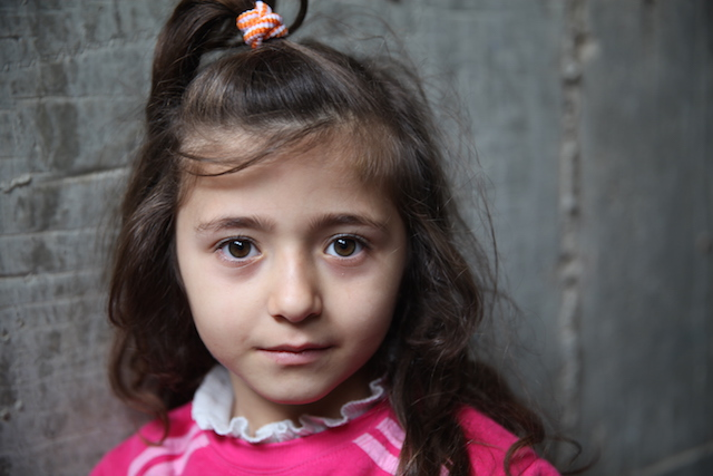 Iraqi refugee girl - World Help