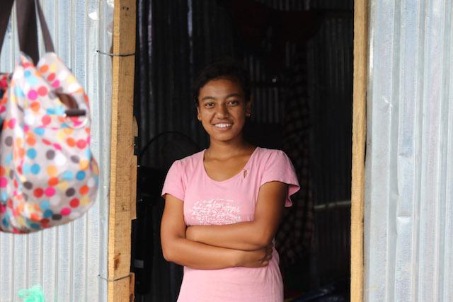 Nepal girl - World Help