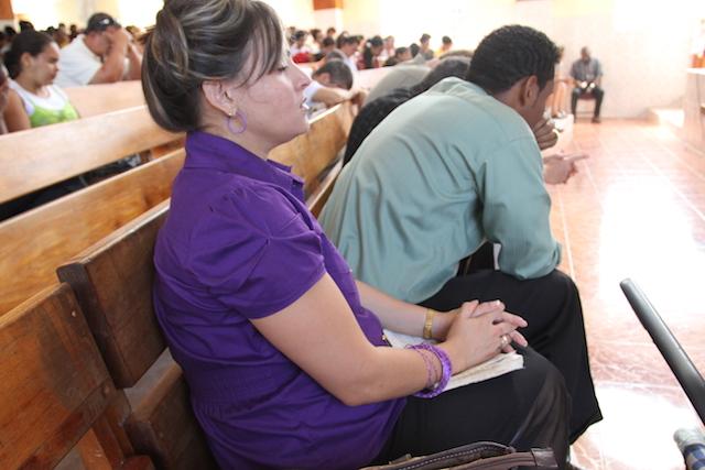 Bibles for Cuba - World Help