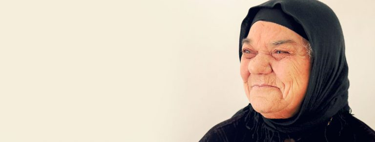 Preview thumbnail for the article: From the field | Healing Iraq one refugee at a time