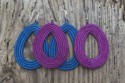 Hand-woven Earrings – Magenta