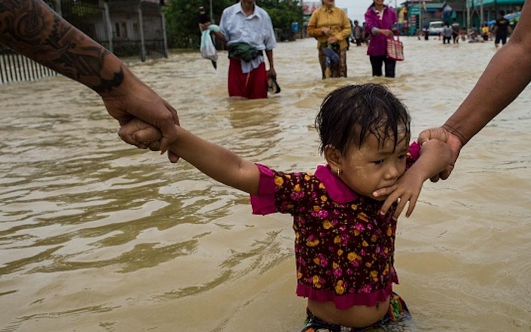 Thousands left homeless by Myanmar's floods