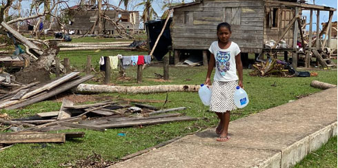 Preview thumbnail for the article: More than 600 hurricane victims rescued from starvation